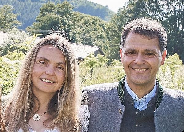 Unsere Nachfolger: Elisabeth & Leonhard